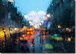city-colourful-lights-rain-rainy-Favim_com-143379